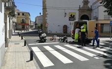 Pintan los pasos de peatones de las calles Merced y Encarnación, en Trujillo