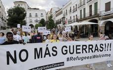 Cáceres cede una vivienda para acoger a una familia del Aquarius