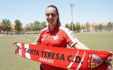 El Santa Teresa renueva a la guardameta Yolanda Aguirre
