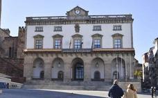 Ordenanzas municipales de Cáceres se niegan a trasladar dinero en metálico al banco