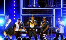 Bruno Mars seduce en Barcelona, ante el triple de público que en su anterior visita