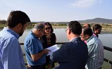 La Junta adjudica las obras de la charca de pesca en Doña Blanca en Don Benito