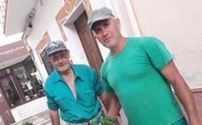 Miajadas adorna las calles con las plantas cedidas por la Diputación