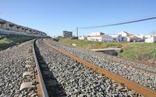 Un nuevo acceso conectará La Cañada y Aldea Moret para salvar la vía del tren en Cáceres