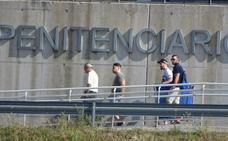 Abandonan la cárcel los tres miembros de 'La Manada' que estaban en la prisión de Pamplona