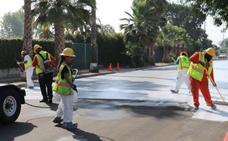 Los Ángeles pinta las calles de blanco para combatir el calor