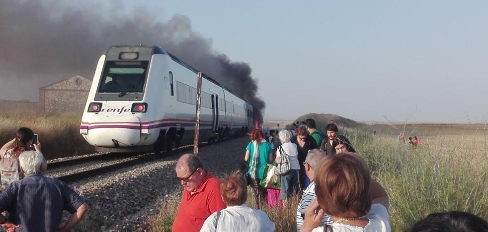 La odisea de viajar en tren por Extremadura en verano