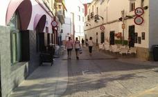 Los hijos de Arturo Suárez-Bárcena rechazan que Almendralejo le quite la calle