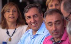 El candidato García-Hernández cree que el PP «bordea el ridículo» en las primarias