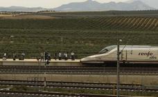 La Cívica pide que la estación del AVE de Badajoz esté cerca de la ciudad