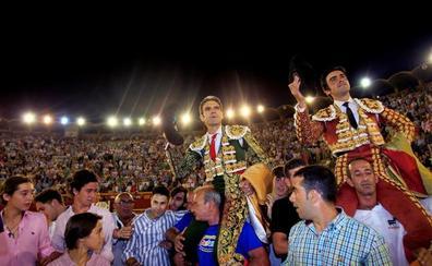 Cumbre de José Tomás y Perera en Algeciras