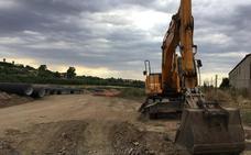 La obra del nuevo colector de Almendralejo no finalizará hasta principios de año