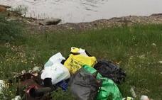 Salvemos el Guadiana denuncia basuras en el río y en la presa de Piedra Aguda