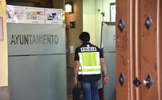 Registran el ayuntamiento de Plasencia durante cinco horas por la operación contra el amaño de contratos
