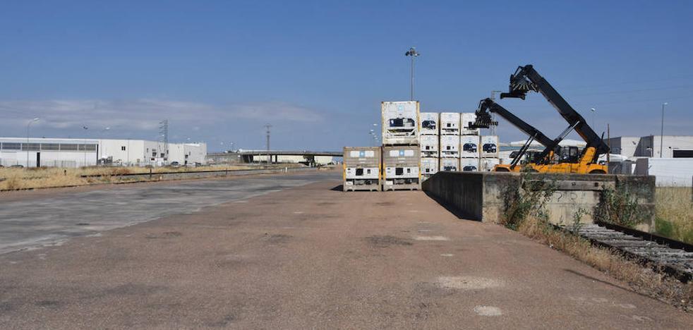 El apeadero de El Nevero en Badajoz no tiene trenes desde finales del año pasado