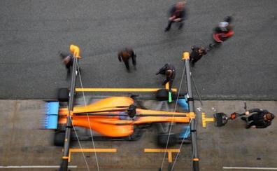 McLaren, en casa y con líos