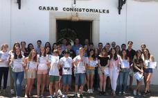 El Ayuntamiento de Los Santos de Maimona premia la excelencia académica de 33 alumnos del IES Ezequiel Fernández Santana