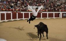 Éxito del concurso nacional goyesco de recortadores en Cáceres
