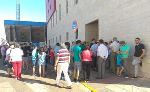 Colas el primer día para abonarse al Extremadura