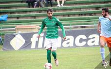 Álex García renueva con el Cacereño