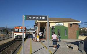 Adif saca a concurso la renovación de la vía del tren del tramo de Cabeza del Buey a Castuera