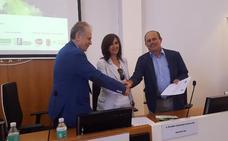 Firman un convenio en Almaraz para tener empresas más eficientes