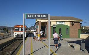 Las obras de la vía del tren entre Cabeza del Buey y Castuera durarán un año