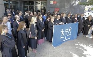 Concentración de abogados en defensa del turno de oficio