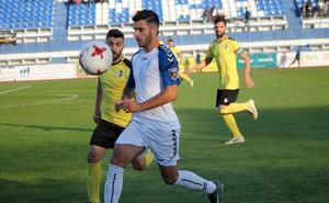 El Badajoz toma la delantera