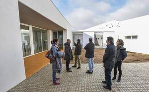 El Instituto de la Mujer inicia la contratación del mobiliario de la Casa de la Mujer en Badajoz