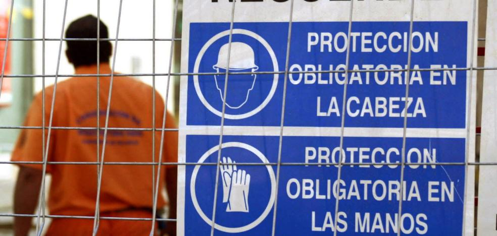 El sector de la construcción registra cada año mil accidentes con baja en la región