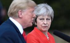 May revela que Trump le sugirió denunciar a la UE para forzar las negociaciones del 'Brexit'