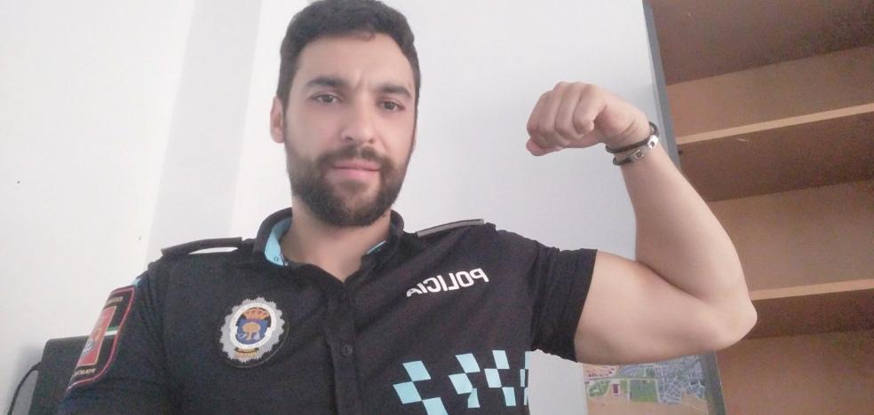 El policía de Navalmoral Samuel, siempre fuerte