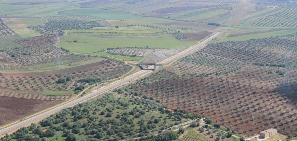 Adif contempla un nuevo acceso a Mérida en un tramo del AVE pendiente