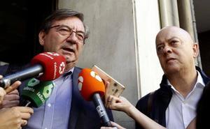El Gobierno admite problemas con la famila Franco y duda que se pueda exhumar en julio