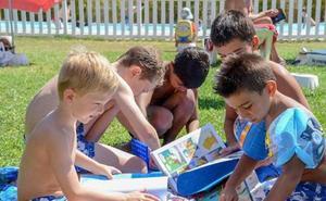 Comienza el servicio de bibliopiscina en La Granadilla y San Roque