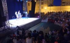 Gorakada gana el premio del público del Festival de Teatro en la Calle de Villanueva