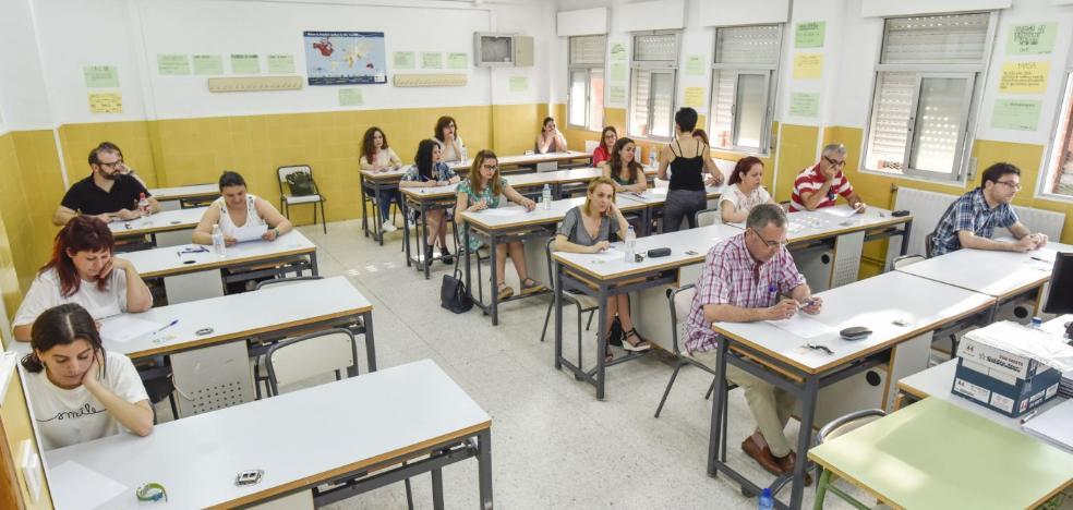 Los sindicatos educativos ven fallos en las oposiciones, pero no para impugnar