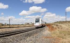 La calidad del empleo, infraestructura ferroviaria y la despoblación, entre los déficits de Extremadura