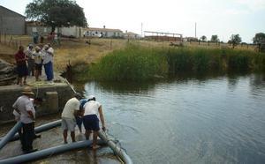 Los regantes de Las Fraguas tomarán agua del embalse del Rosarito por última vez