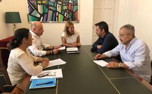 El Ayuntamiento de Cáceres y la asociación de Jugadores de Azar Rehabilitados colaborarán para alertar de los peligros del juego