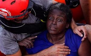 España autoriza a Open Arms a desembarcar a la superviviente y los dos cadáveres en el puerto de Palma