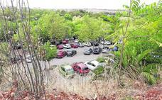 Denuncian botellones nocturnos en el parking del Parque del Príncipe