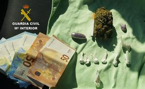 Detenido un vecino de Cilleros cerca de la frontera con Portugal acusado de tráfico de drogas