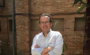 Alfonso Pinilla: «Los jóvenes son nativos de la globalización»
