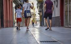Badajoz renovará las losetas de las calles comerciales del Casco Antiguo