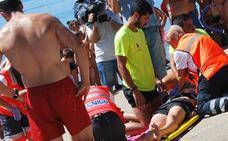 La playa de Orellana acoge este lunes un simulacro de accidente deportivo en el agua