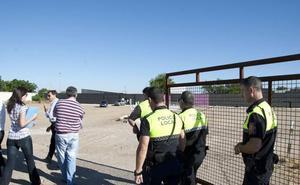 La Policía Local de Badajoz precinta una discoteca que no respetó una orden de clausura