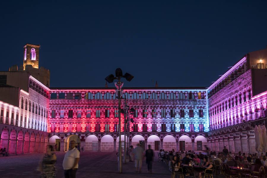 Badajoz, una ciudad encendida para pasear de noche