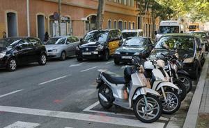 Un muerto y un herido al ser tiroteados en un coche en Barcelona